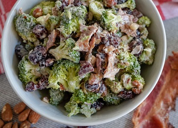 Broccoli salade - matchu sports